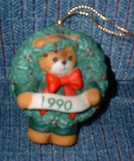 1990 wreath ornament H5-2-1