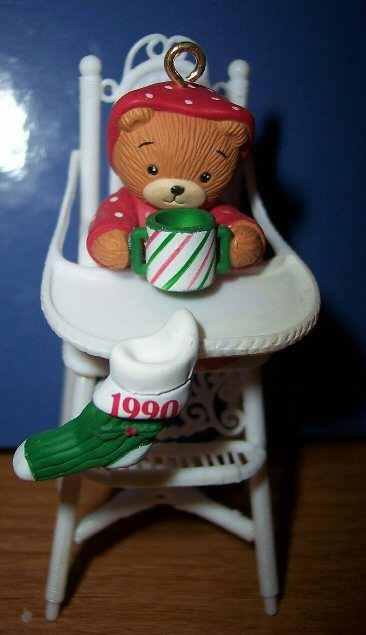 1990 Baby in High Chair ornament in box H5-3-3