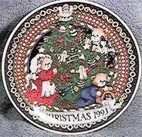 1993 Lucy & Me Christmas Plate