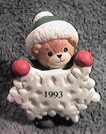 1993 Snowflake bear C9-3-7 and box 11