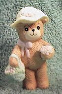 Bear in straw hat with Easter Basket G4-1-2 *** ^^^box 5^^^