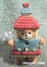 Bear as birdhouse G27-3-3