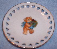Bear with flowers mini plate with heart cutouts