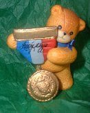 Bear holding medal G27-4-4 ^^^box 7^^^