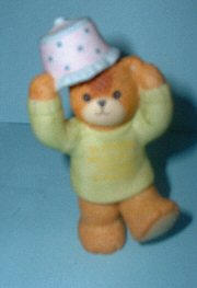 Party Animal bear with lampshade on head G13-3-7