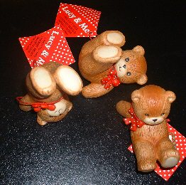 Set of 3 tumbling red bow bears G3-3-3 ***