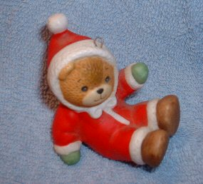 Santa tumbler bear on butt ornament H2-3-3
