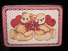 Valentine two bears with hearts tin