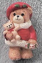 Small Red Christmas Shopper with teddy and present C2-3-7 ***